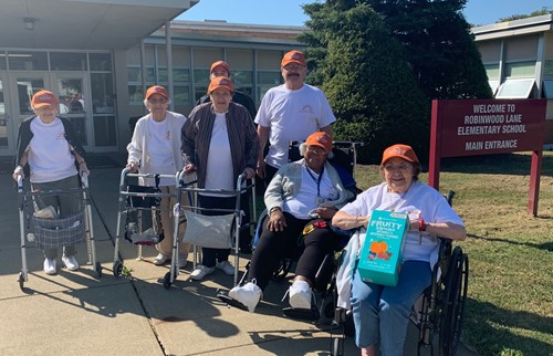 sunrise senior citizens visiting robinwood to participate in gym class