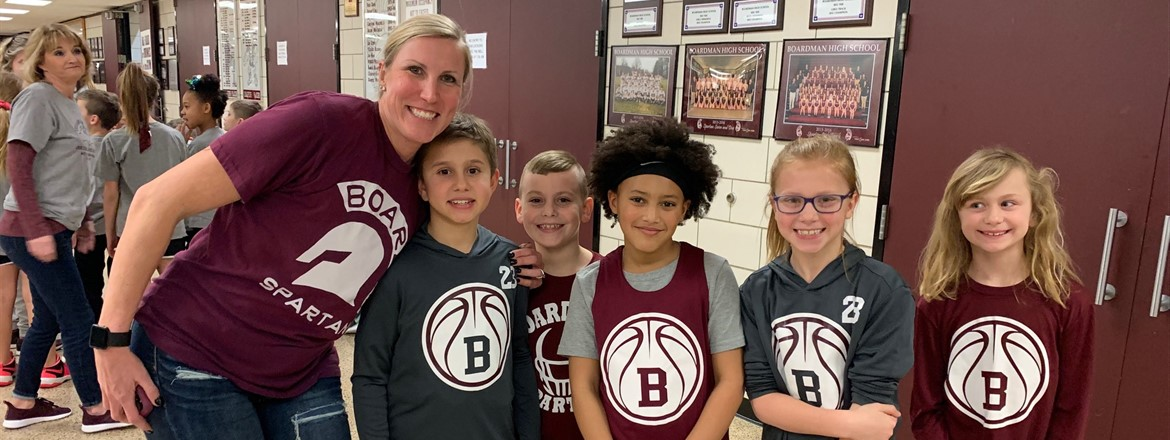 elementary night Basketball team with Mrs. Flores