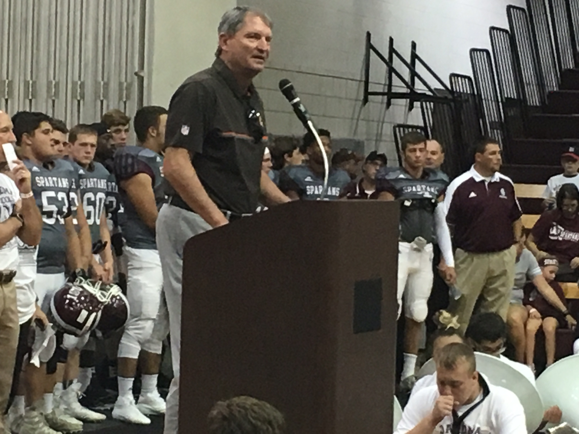 Bernie Kosar addressing pep rally crowd